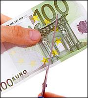Κόκκινα δάνεια: Πώς θα «κουρευτούν» τα χρέη μικρομεσαίων