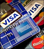 Εξι στους 10 επιλέγουν πληρωμή φόρου εισοδήματος με... κάρτα