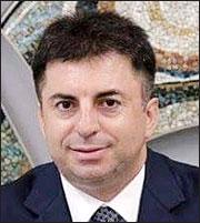 Δημ. Μπινιάρης: Γιατί «πνίγεται» η αγορά κατοικίας στην Ελλάδα