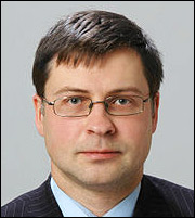 Ντομπρόβσκις: «Ανοικτό ενδεχόμενο για πρόσθετα ΜοU»