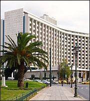 Alpha Bank: Εκλεισε η συμφωνία για το Hilton