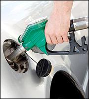 Καύσιμα: Χέρι χέρι υπερφορολόγηση και... λαθρεμπόριο