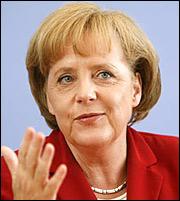 Μέρκελ: Θα διεκδικήσω τέταρτη θητεία στην καγκελαρία