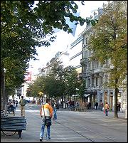 «Αφαντη» η Αθήνα από τους 100 κορυφαίους προορισμούς - Η επιχείρηση ανασύνταξης