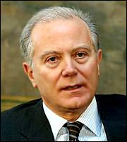 Προβόπουλος: Οι τράπεζες να επιβάλουν τις συγχωνεύσεις