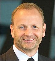 Jakobsen (Saxo Bank): Φορέστε τα κράνη σας!