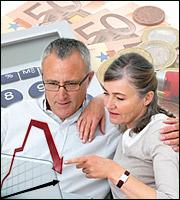ΙΚΑ: Με ρέπος και εσωτερικό δάνειο βγαίνει η πληρωμή συντάξεων - Μάχη για ρευστότητα