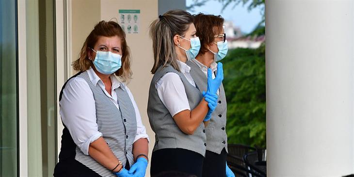 Κορωνοϊός: Νέο σοκ με εννέα θανάτους και 342 κρούσματα