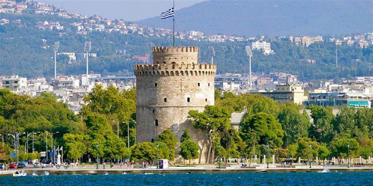 Θεσσαλονίκη: Οι παρελάσεις, ο Αγιος Δημήτριος και η αυτοδιάψευση της Μητρόπολης