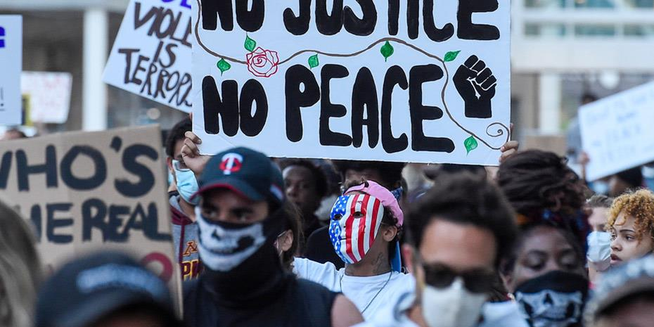 Μπαράζ νέων διαδηλώσεων σήμερα στις ΗΠΑ
