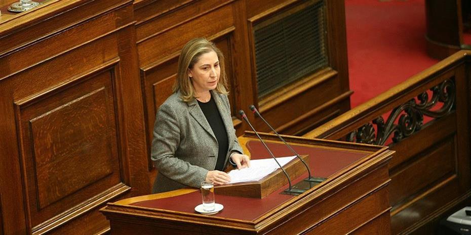 Κριτική στις προωθούμενες αλλαγές στα πανεπιστήμια από τη Ξενογιαννακοπούλου