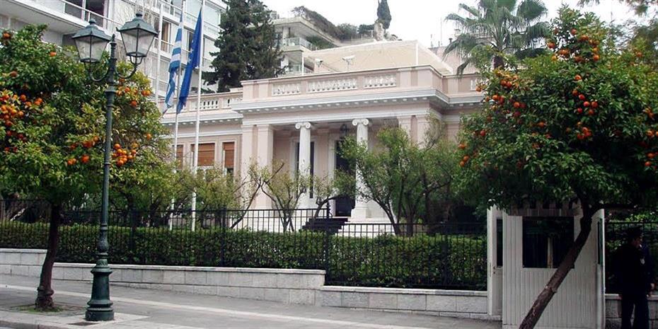 Ντομπρόβσκις σε Τσίπρα: Χαιρετίζω τη συμφωνία με την πΓΔΜ