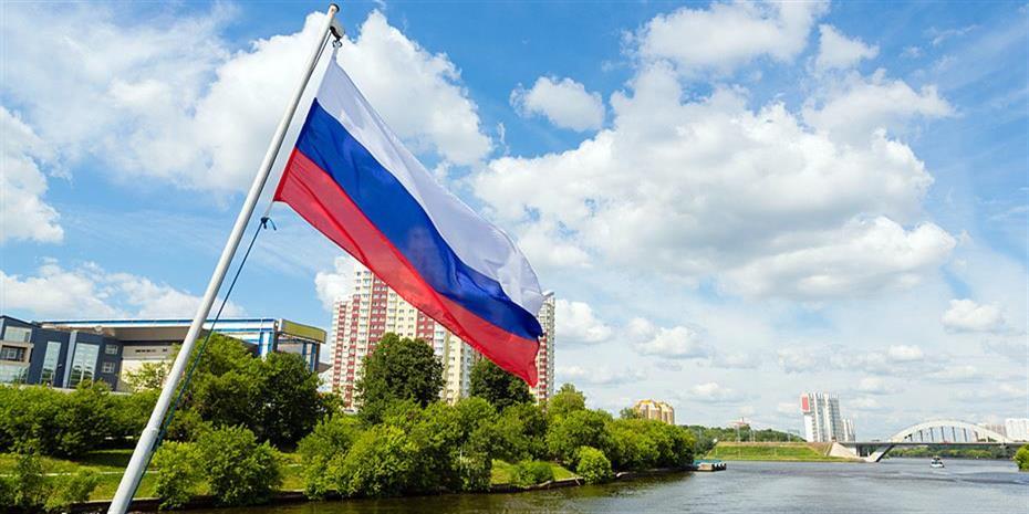 Η Ρωσία άρχισε να μειώνει την παραγωγή πετρελαίου κατά 30.000 βαρέλια ημερησίως