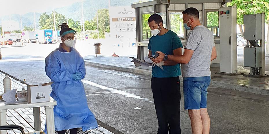 Στα 110 εκτινάχθηκαν τα νέα κρούσματα στην Ελλάδα, τα 60 σε Καβάλα-Θεσσαλονίκη