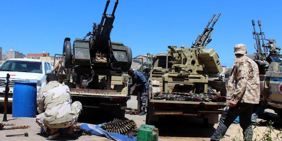 Η ΕΕ στηλιτεύει την «εμπλοκή» της Ρωσίας και της Τουρκίας στη σύρραξη στη Λιβύη