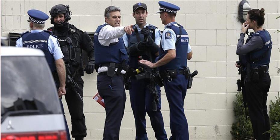 Σοκ από το πολύνεκρο χτύπημα σε δύο τεμένη στη Νέα Ζηλανδία