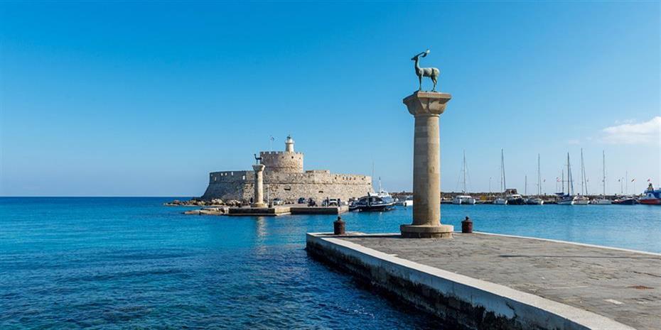 Τουρισμός: Αναβαθμίζουν την Ελλάδα οι tour operators