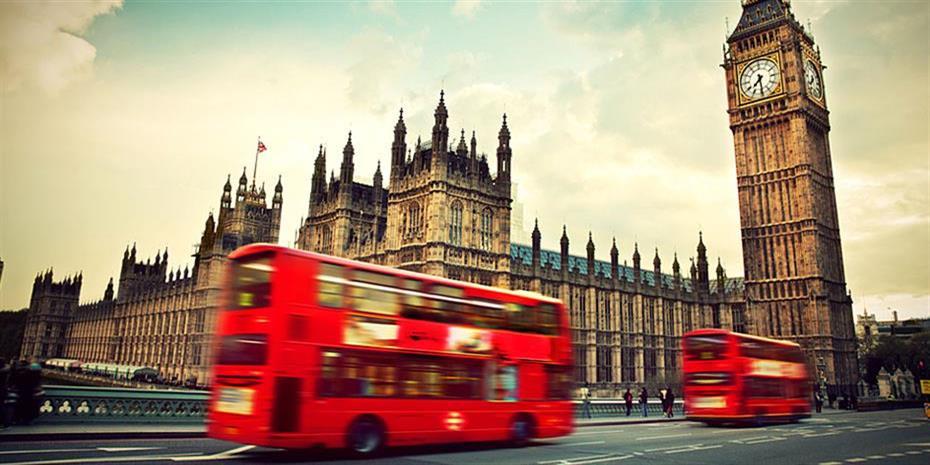 Ανοδικά οι ευρωαγορές με το βλέμμα στο Λονδίνο