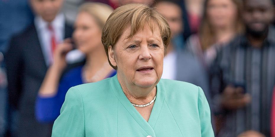 Η διαχείριση της κρίσης ενισχύει τους συντηρητικούς της Μέρκελ
