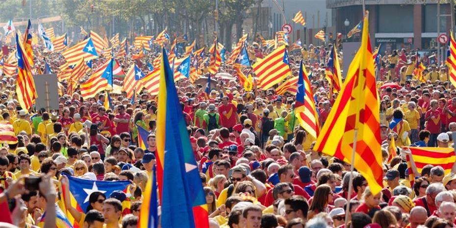 Η Μαδρίτη μεγάλος κερδισμένος των αναταράξεων στην Καταλονία
