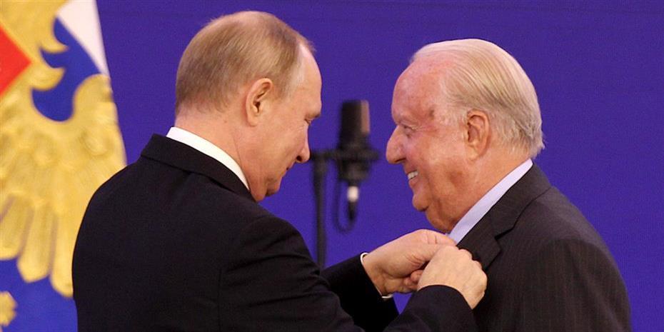 Τον Νίκο Δασκαλαντωνάκη παρασημοφόρησε ο Βλαντιμίρ Πούτιν
