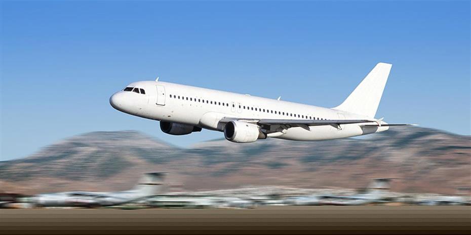 Αερομαχία πέντε «παικτών» για τους τουρίστες προς Ελλάδα