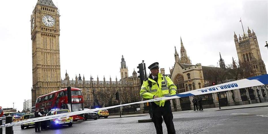 Βρετανία: Η αστυνομία ερευνά «περιστατικό» στη βουλή