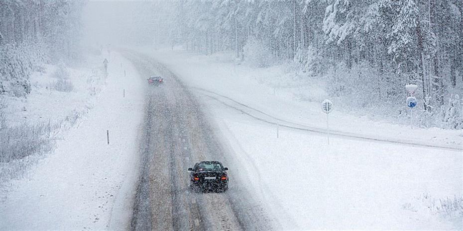 Διακοπές κυκλοφορίας στην Αττική λόγω χιονόπτωσης