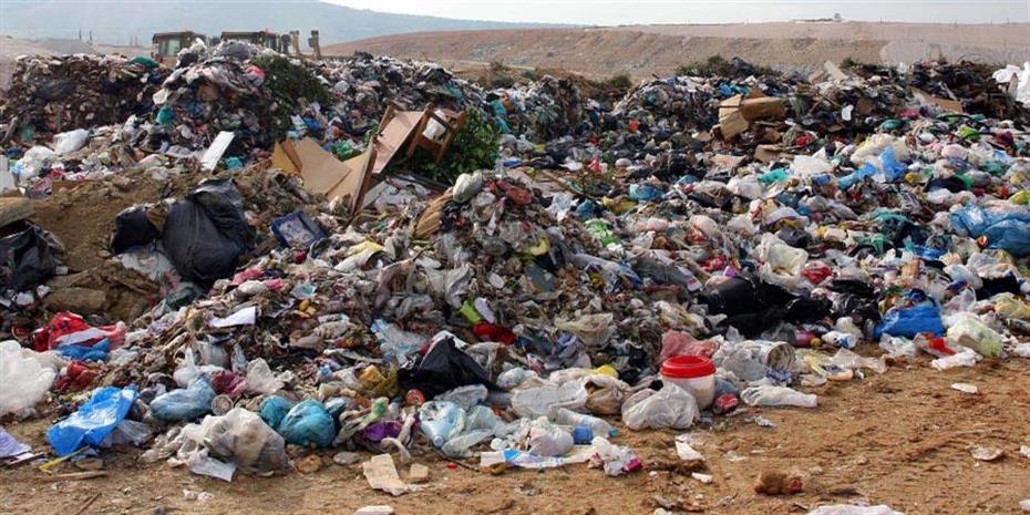 Κυβερνητική «πανστρατιά» για τα έργα διαχείρισης απορριμμάτων