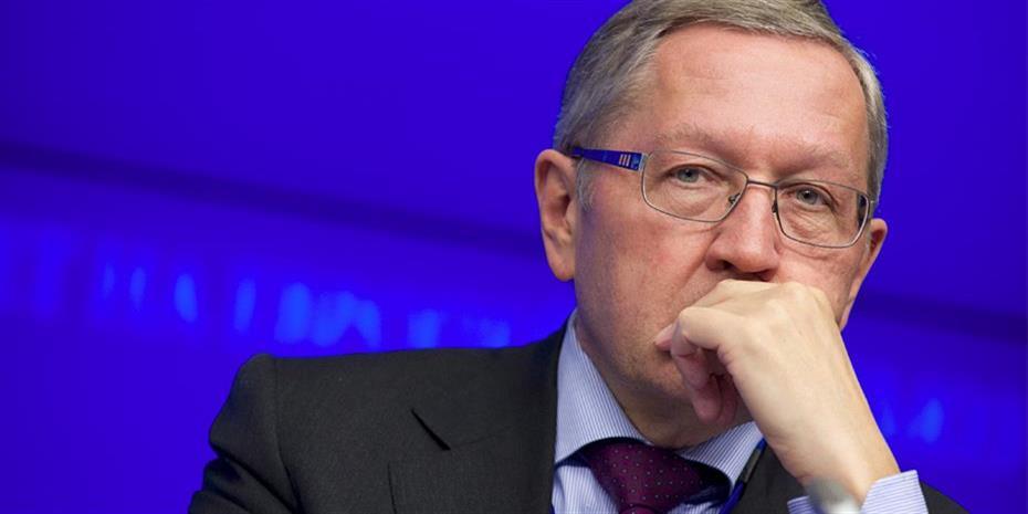 Regling: Μάρτιο η απόφαση για τα κέρδη από τα ελληνικά ομόλογα