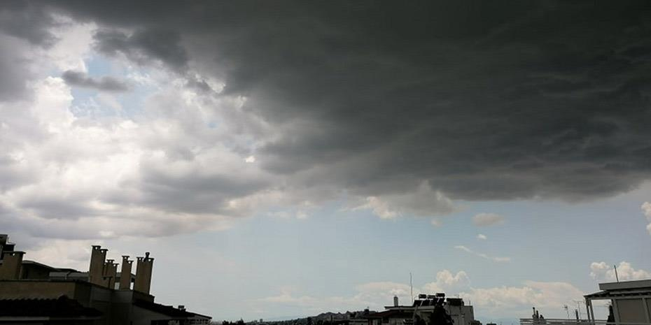 Καταιγίδες και επικίνδυνα φαινόμενα έφερε ο «Μπάλλος»