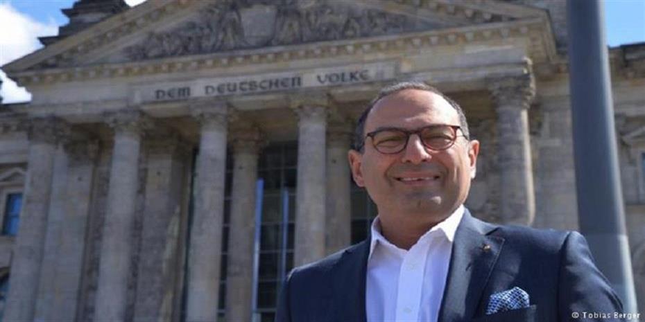 Ο Έλληνας της Bundestag διεκδικεί την επανεκλογή του