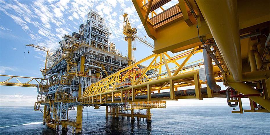 Εξισορρόπηση της αγοράς πετρελαίου το α' τρίμηνο βλέπουν τα ΗΑΕ