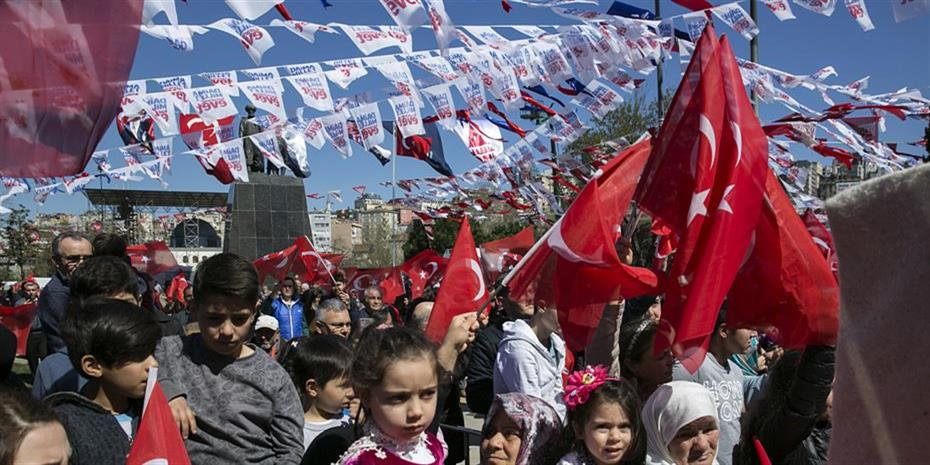 Οι τούρκοι επιχειρηματίες αναστενάζουν πριν το δημοψήφισμα