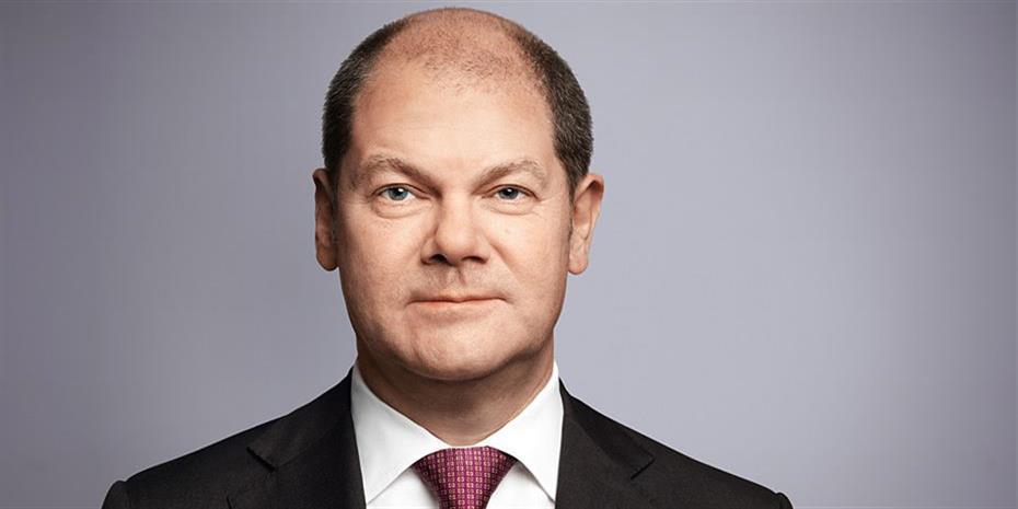 Σολτς: Εικασίες τα περί συγχώνευσης Deutsche Bank-Commerzbank