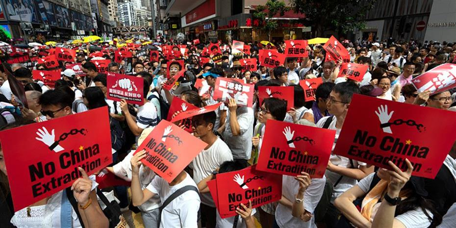 Ο Τραμπ ζητά από το Πεκίνο συνάντηση με τους διαδηλωτές του Χονγκ Κονγκ