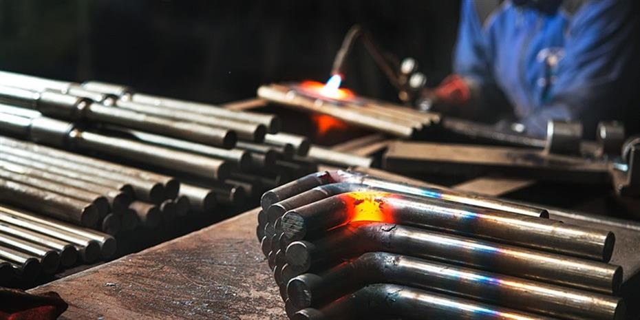 Εισηγμένες: «Θερμό» εξάμηνο στον κλάδο σιδήρου-χάλυβα