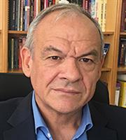 Καθηγητής Ε. Μανωλόπουλος: Πολύ δύσκολη η ανοσία έως το καλοκαίρι