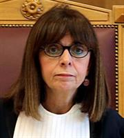 Με 261 ψήφους νέα Πρόεδρος της Δημοκρατίας η Αικ. Σακελλαροπούλου