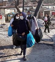 Λέσβος: Αλλοι 1.000 πρόσφυγες προς το Καρά Τεπέ