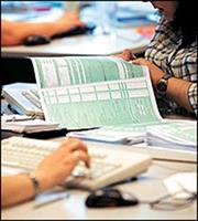 Φορολογικές δηλώσεις από Πάσχα και… βλέπουμε