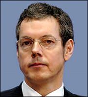 Bofinger: Συμφέρον όλων να συμφωνήσουν Αθήνα - δανειστές