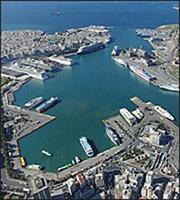 Στα μαχαίρια Cosco-Υπ. Ναυτιλίας για τα απόβλητα στα λιμάνια