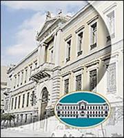 Δύο πακέτα δανείων πουλά η Εθνική Τράπεζα
