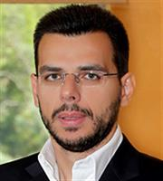 Β. Αποστολόπουλος: Συνεργασία με τους Έλληνες της διασποράς