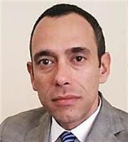 Πετροπουλάκης: Τι «βλέπει» για ΧΑ, τράπεζες και την «τριπλή συγχώνευση»