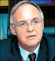 Π. Δούκας: «Ανάφλεξη» της οικονομίας υπό προϋποθέσεις