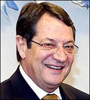 Ενδυνάμωση διμερούς συνεργασίας συζήτησαν Αναστασιάδης-Γαλλίδα υπ. Αμυνας
