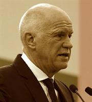 Γ. Παπανδρέου: Ενα βήμα… πιο κοντά στην υποψηφιότητα για την ηγεσία του ΚΙΝΑΛ