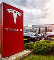 Συνομιλίες Tesla και Glencore για την προμήθεια κοβαλτίου